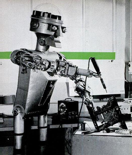 20 ретро-фотографий роботов
