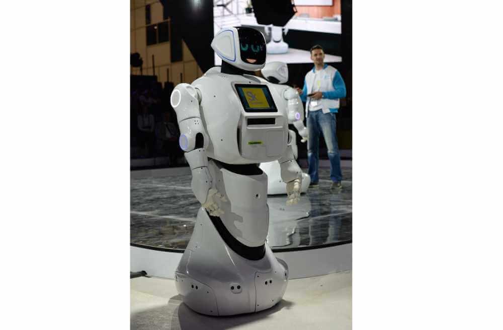 купить робота promobot v3