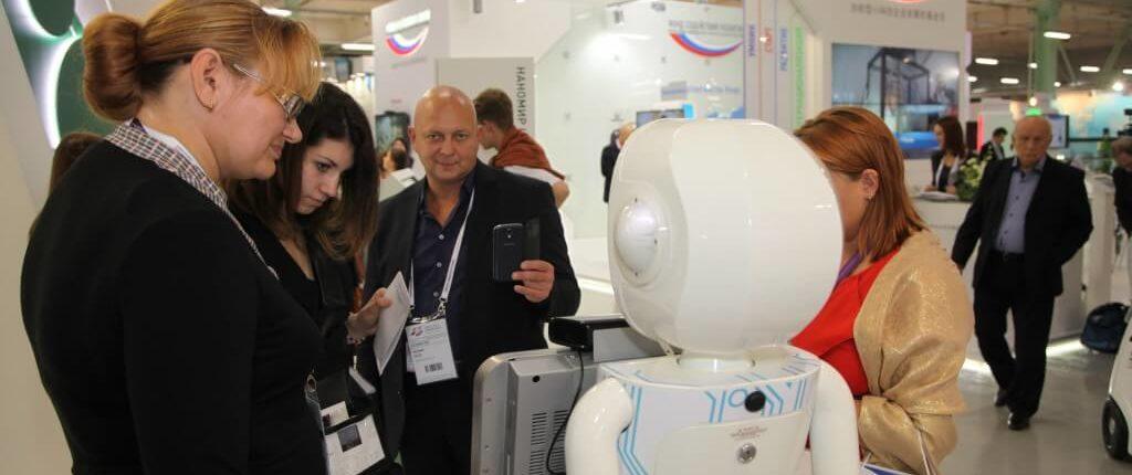 Робот-маркетолог / Робот-анкетёр
