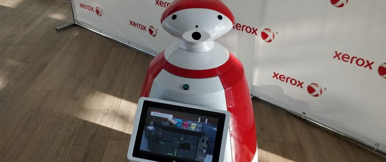 Конференция компании Xerox. Робот R.Bot 100 Plus.